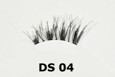 Red Cherry DS04 Demi Wispy Accent (1 PAAR ECHTHAAR-WIMPERN)